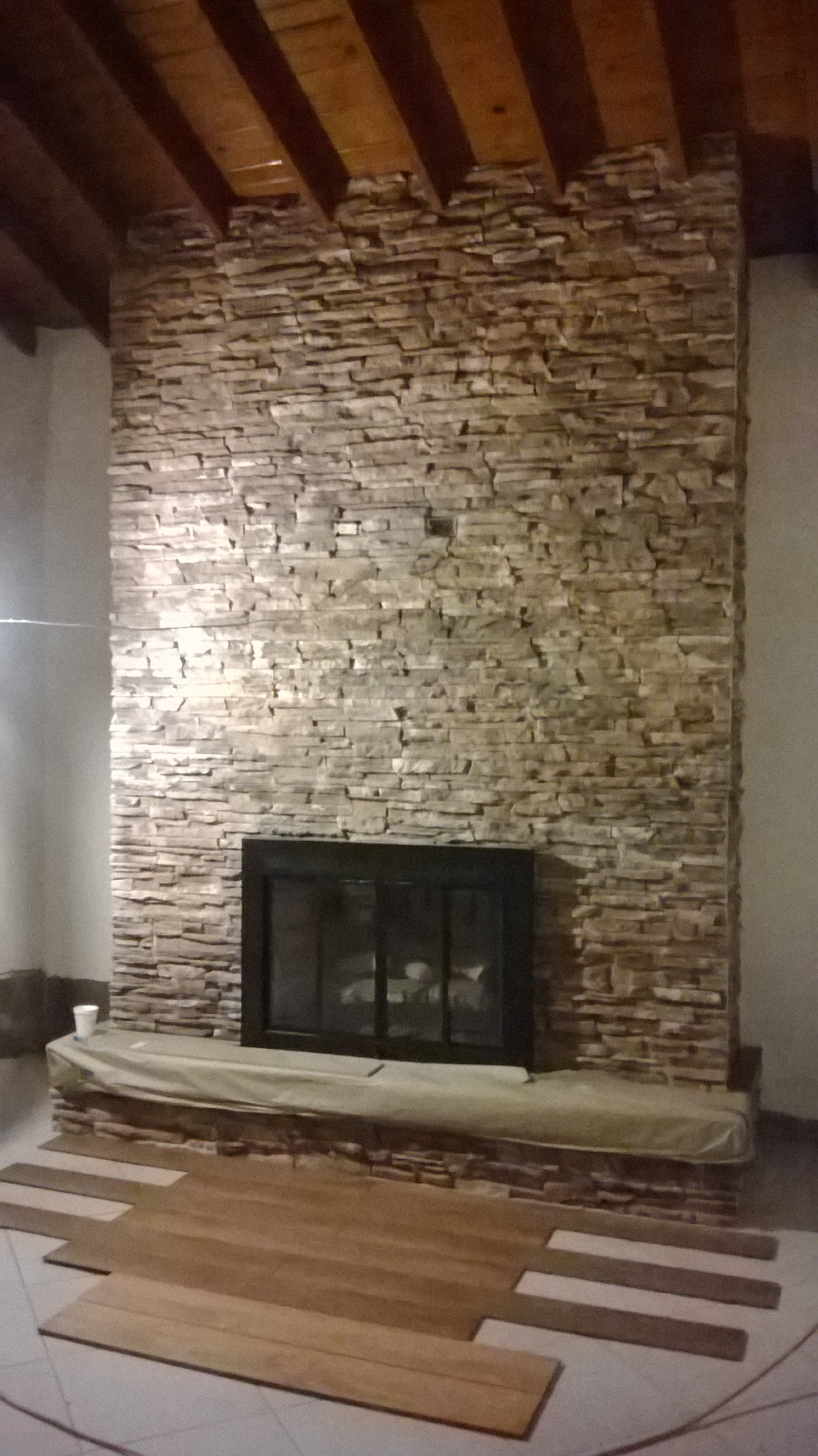 Chimenea de piedra gas y lena 2500 dlls chimeneas baja - Revestimientos para chimeneas de lena ...